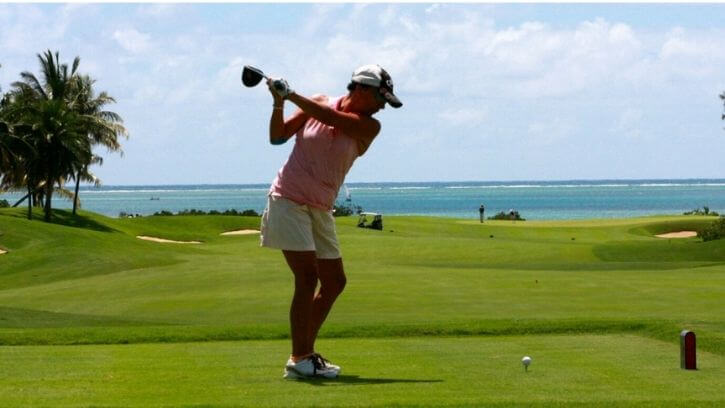 What Kind Of Golf Ball Should A Lady Golfer Use